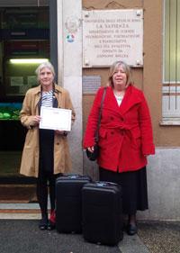 GesùNina Prentice and Donatella Fitzgerald delivering the mobile library to a Children's Hospital in Rome